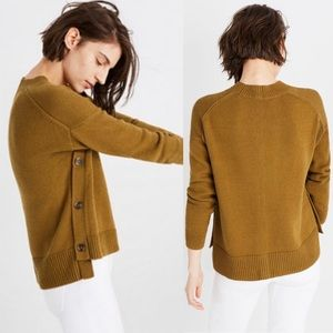 Madewell Brownstone Side Button Sweater in Olive